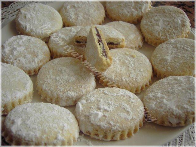 G teaux farcis aux dattes halawiyat maghribiya for Amhaouch rachida la cuisine