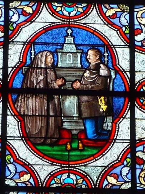 Vitraux de l'église de Lusignan 26vkpl