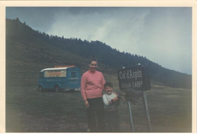 HY 1964 de famille  - Page 6 22dfg0