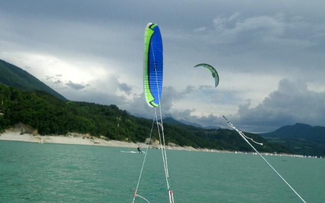 Flysurfer Demo tour au Lac de Monteynard 2 et 3 juin 02wot7