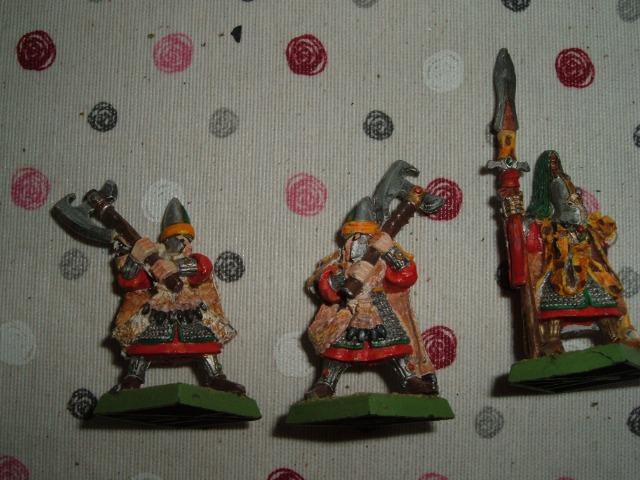 (VENTE) Hauts elfes, elfes noirs, nains OOP de Citadel etc en slotta années 86-90 (photos et prix !) 11y8tu