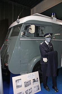 N°16- Berliet GLB R 19 Aérazur Car de commandement C.R.S - Page 2 199cqd