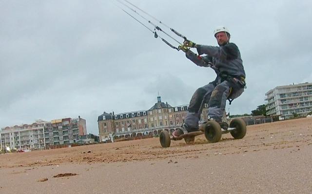 Vers l'estuaire de la Loire (Pornichet/LaBaule, St Brévin...) au fil du temps... - Page 29 03b7o3